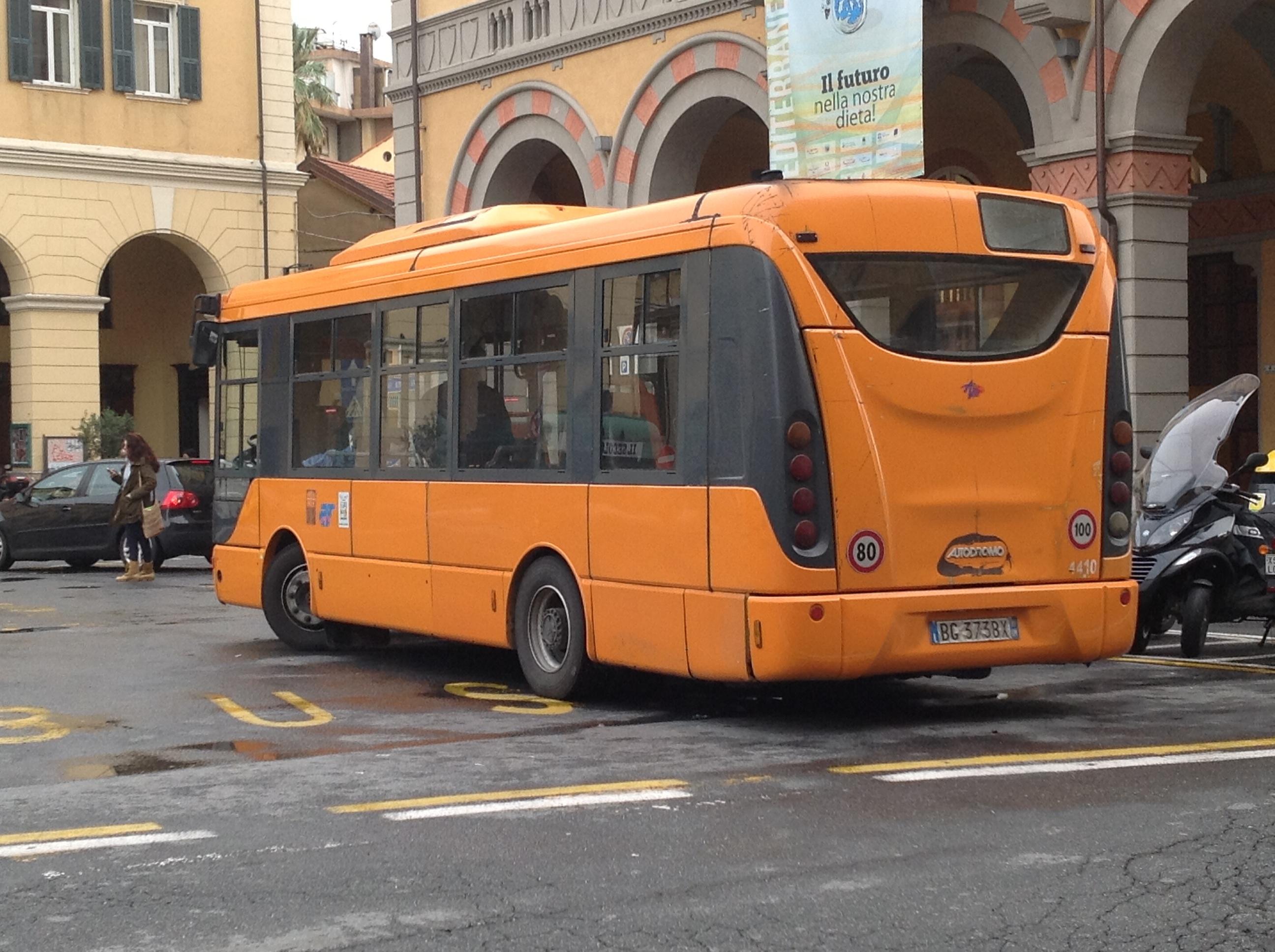 Autobus RT
