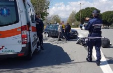 incidente-via-littardi-ambulanza-polizia-municipale