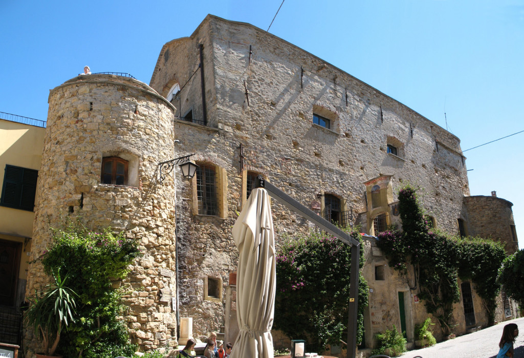Castello Clavesana 5-rid